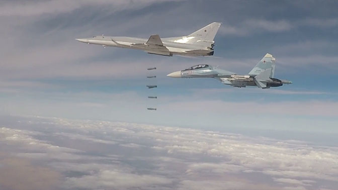 Шесть Ту-22М3 нанесли новый удар по боевикам в Сирии