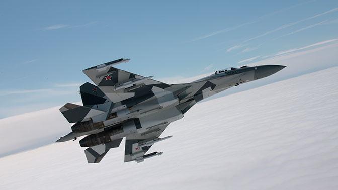 Минобороны РФ получит на вооружение 10 истребителей Су-35