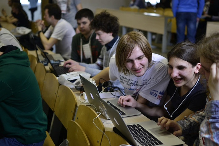 RuCTF2015