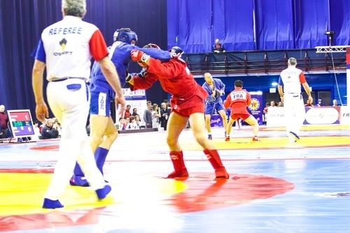 Россиянин Магамедов победил на ЧЕ по боевому самбо в весе 57 кг