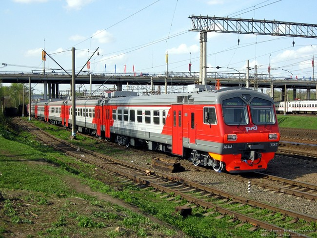 Получено 18 новых составов электропоездов, в каждом из которых по 11 вагонов серии ЭД4М Демиховского...