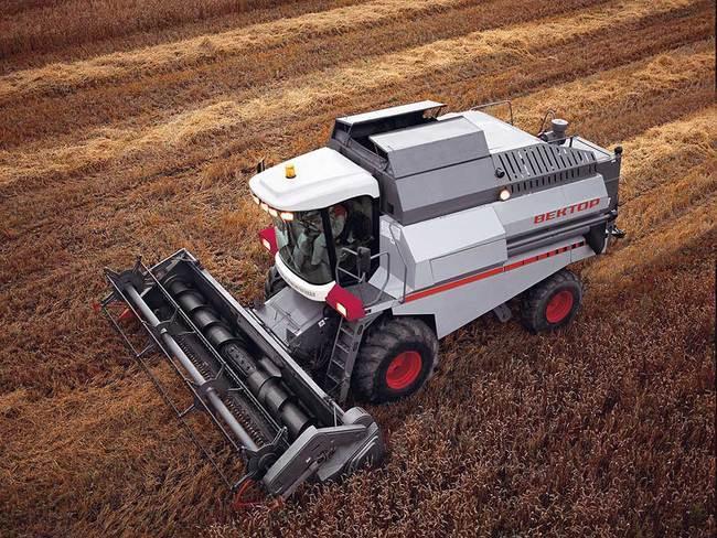 ...а это около 1000 ед., в... Компания Ростсельмаш начинает поставку в Монголию зерноуборочных машин VECTOR 420.