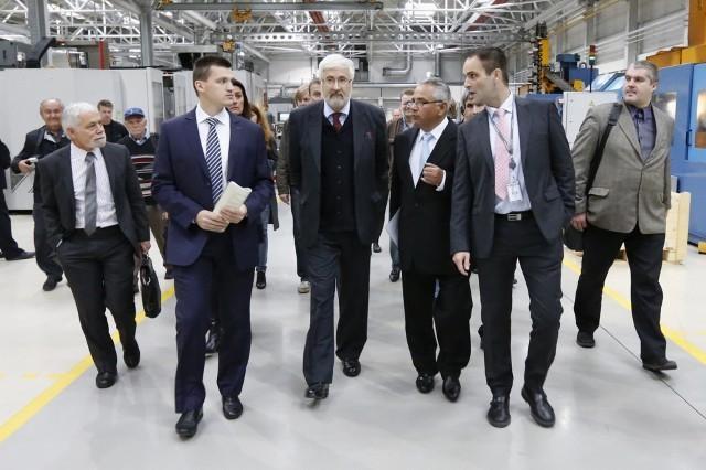 в состав делегации вошли представители группы компаний Safran и организации «Альянс-Франсез»