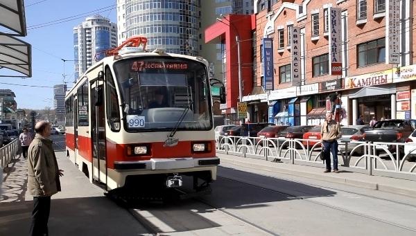 испытания беспроводного трамвая