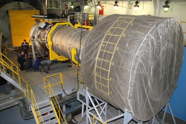 двигатель-демонстратор перед испытаниями на закрытом стенде ОАО «Авиадвигатель»