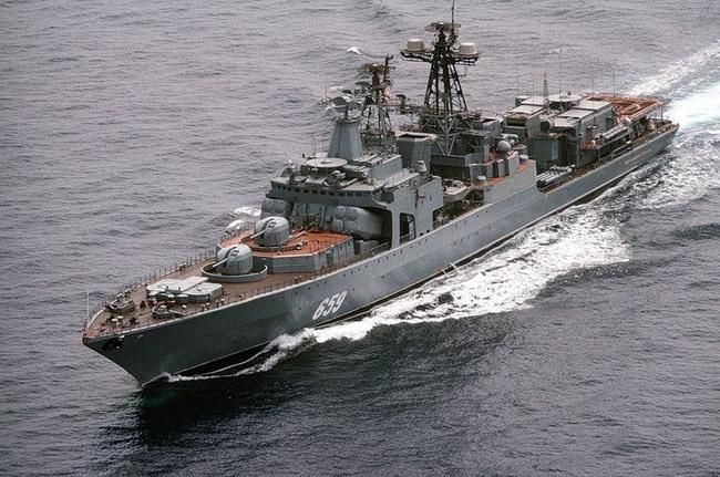 БПК Северного флота «Вице-адмирал Кулаков» прибыл в Средиземном море