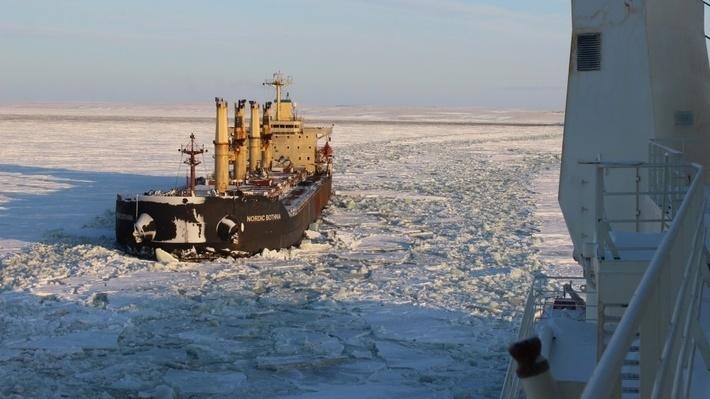 (С) фото Александра Витальевича Скрябина (капитан атомного ледокола