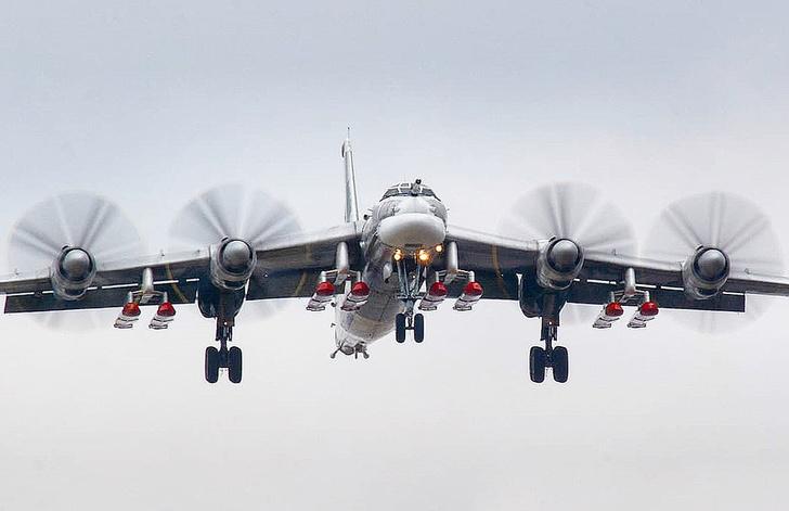 Ту-95МС с крылатыми ракетами Х-101/102
