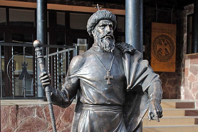 Памятник Ивану Грозному в Александрове