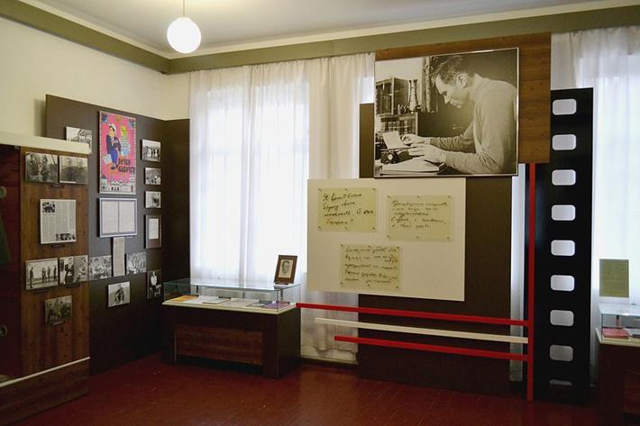 Музей В.М. Шукшина был открыт 25 июля 1978 года.
