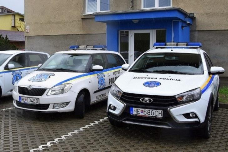 Lada Vesta SW Cross поступила на службу в полицию Словакии
