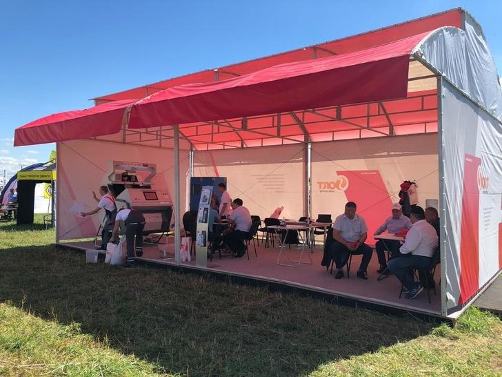 Новый «ювелирный» фотосепаратор «СиСорт» впечатлил посетителей «Дня поля» в Татарстане