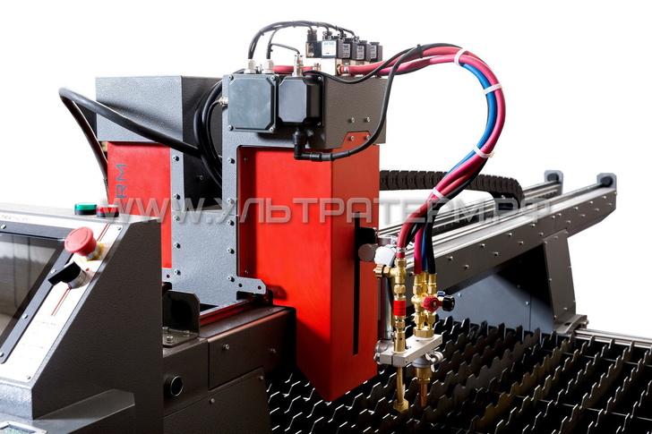 Суппорт с газовым резаком и системой автоподжига