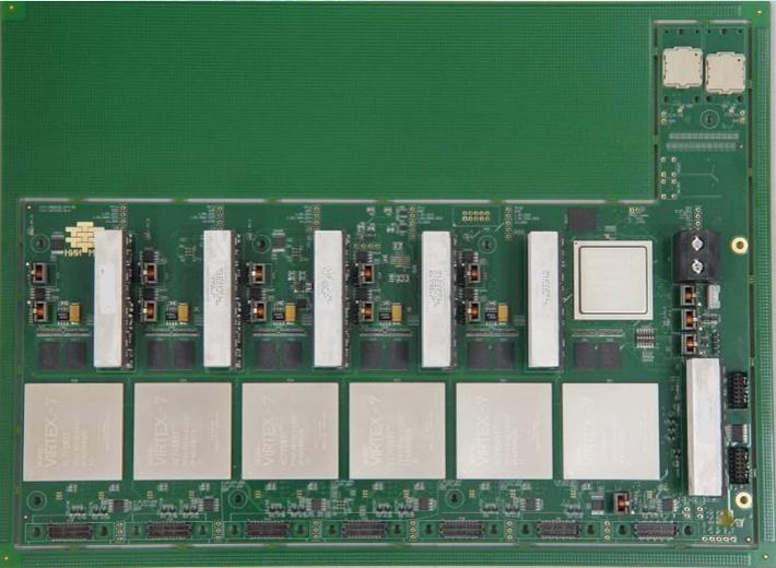 Базовый модуль 6V7-180 Плеяда, 2013 год (не вырезана из текстолита)