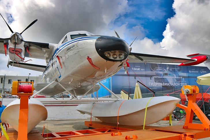 L-410 наГидроавиасалоне-2018 ©Роман Ковригин/Сделано унас