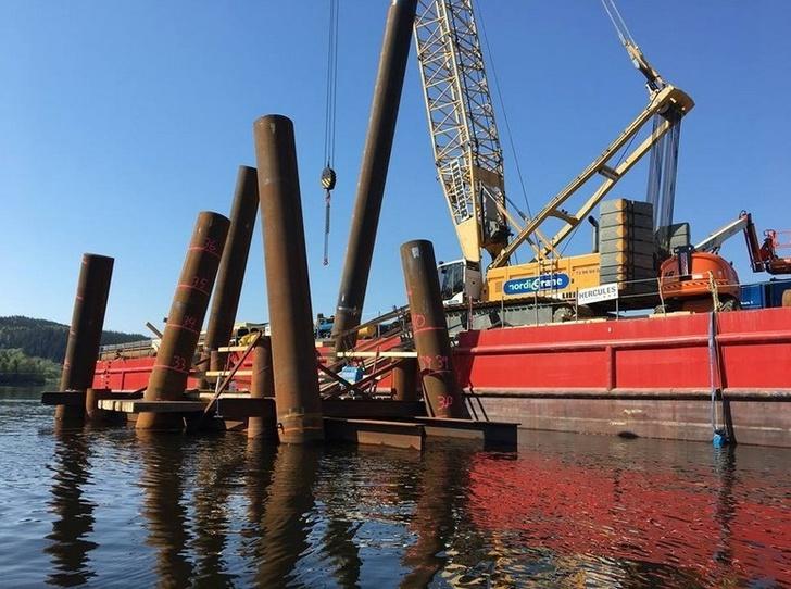 Объединённая металлургическая компания поставила в Норвегию партию труб для строительства моста