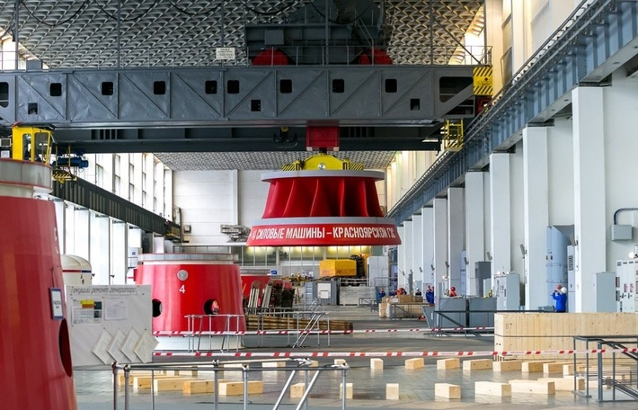 На Красноярскую ГЭС из Санкт-Петербурга доставлены два новых рабочих колеса для гидроагрегатов