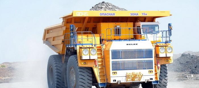 БелАЗ грузоподъемностью 240 тонн. Эти гиганты всё активнее оснащаются комплектом тягового электрооборудования концерна