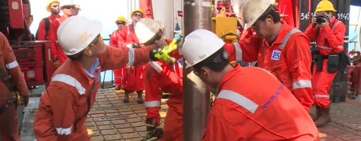«Роснефть» приступила к бурению эксплуатационной скважины на шельфе Вьетнама