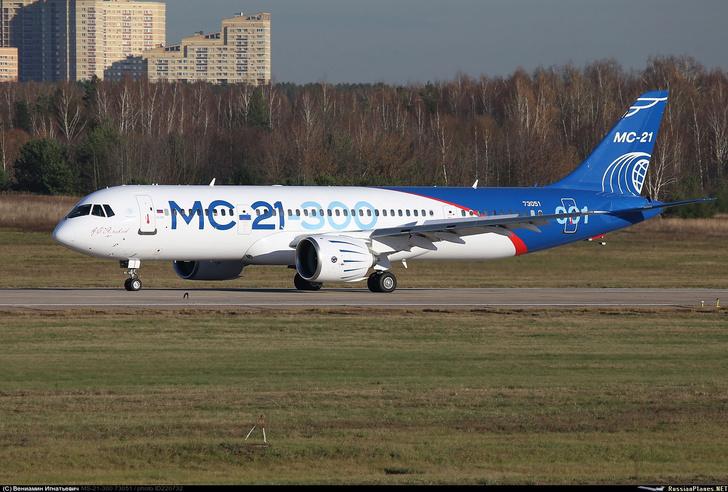 Первый испытательный полет МС-21 в Жуковском