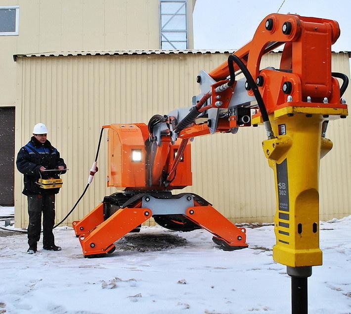 Самоходный дистанционно управляемый робот «Атлант 4000»