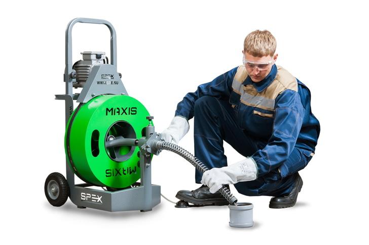 Прочистной аппарат SPEX MAXIS с оператором