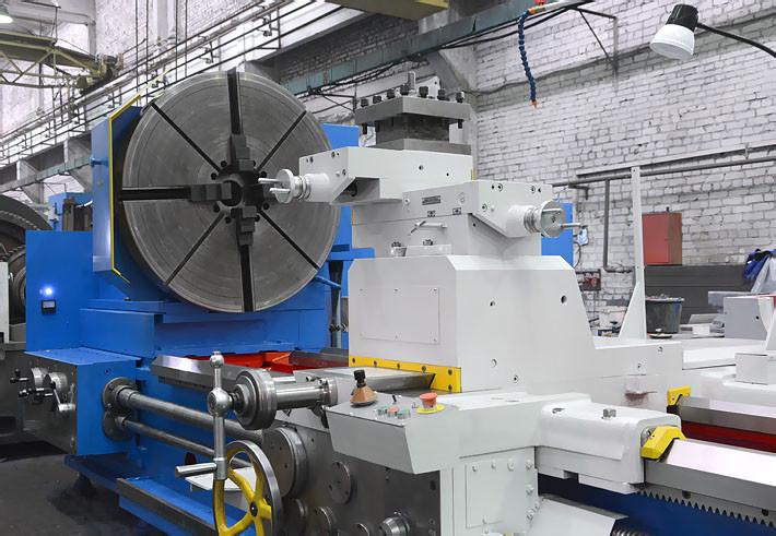 Тяжёлый токарно-винторезный станок РТ317