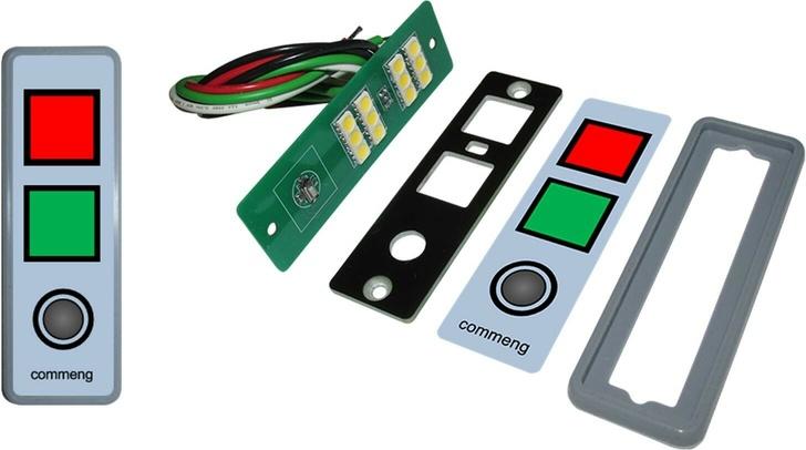 Двухцветная сигнальная панель для управления шлюзами. Слева - в сборе, справа - части устройства.