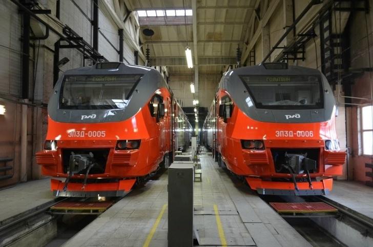 «Трансмашхолдинг» передал ВВППК поезда спецзаказа ЭПЗД