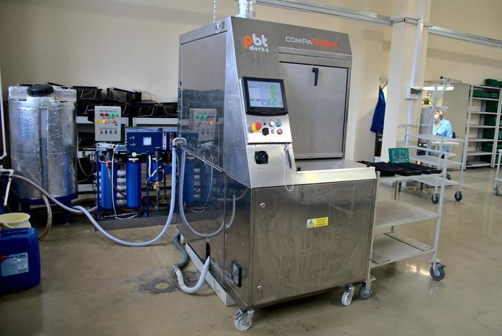Система автоматической струйной отмывки печатных плат