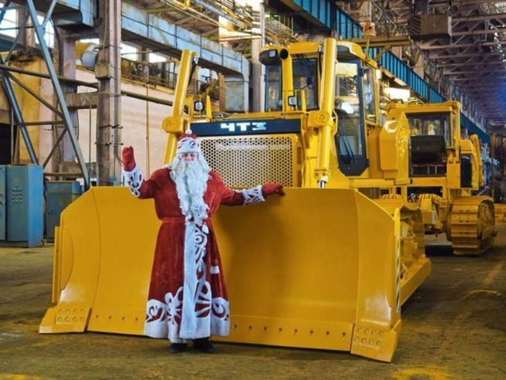 Челябинский тракторный завод изготовил первый трактор 9-го класса тяги