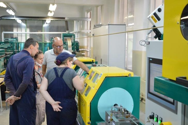 «Уралкабель» установил две новые линии для изготовления проводов со стекловолокнистой изоляцией