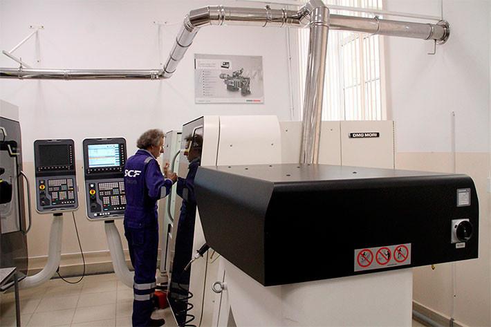 Оборудование лаборатории. Фото с сайта npi-tu.ru