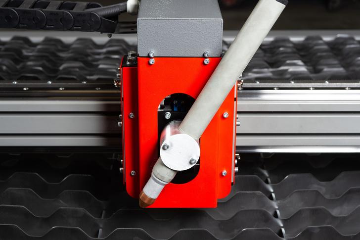 Магнитное крепление плазмотрона с возможностью установки под углом станка ULTRACUT