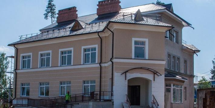 В процессе строительства. Фото портала www.кингисепп-сегодня.рф