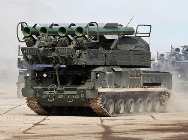 Самоходные огневые установки 9А317 зенитной ракетной системы 9К317 «Бук-М2», 2016 год
