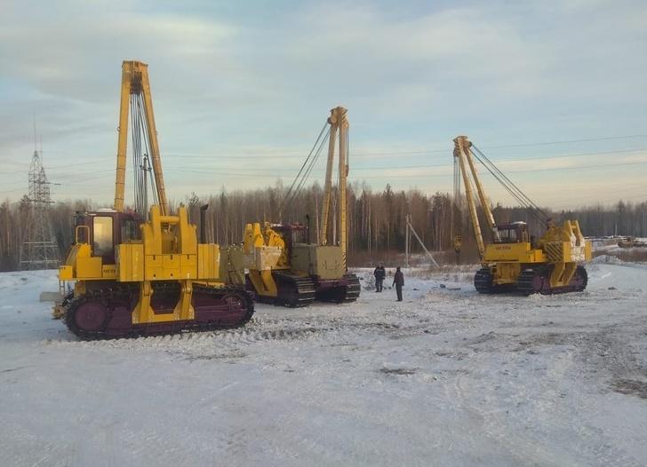 Новые трубоукладчики ЧЕТРА ТГ-503Я от ПАО «Промтрактор» для «Газпром трансгаз Югорск»