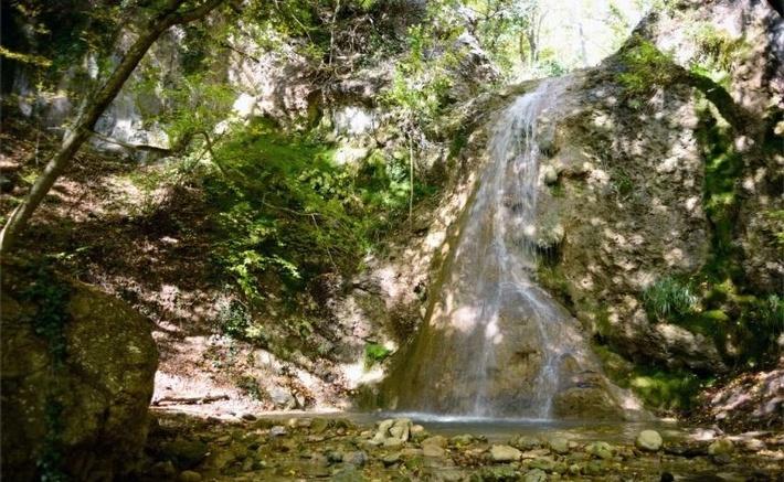 Лучшее время для посещения водопадов - весна.