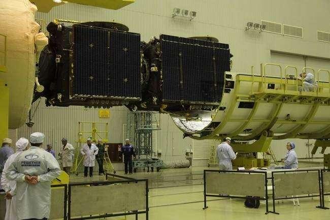подготовка к запуску блока космических аппаратов «Экспресс-АТ1» и «Экспресс-АТ2» на космодроме Байконур