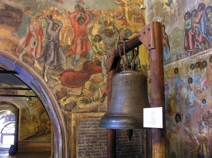 Колокол пробыл в Тобольске триста лет.