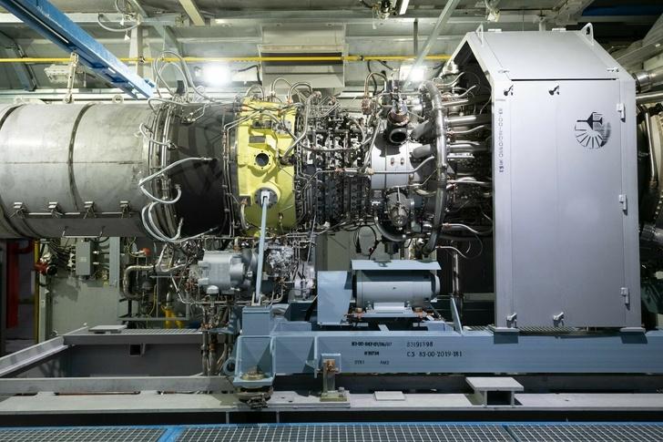 Фото: Газпром добыча Ямбург. Газоперекачивающий агрегат на ДКС. Заполярное месторождение.