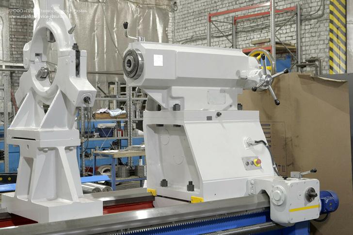 Усиленная механизированная задняя бабка с внутреннем шпинделем
