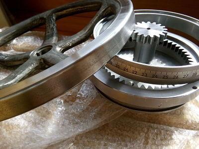 Лимб (в сборе: нониус, штурвал, зубчатое кольцо, зубчатая ось) токарно-винторезного станка мод. 1М65