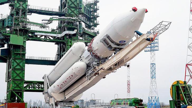 """На космодроме """"Восточный"""" начался монтаж оборудования стартового комплекса для ракет """"Ангара"""""""