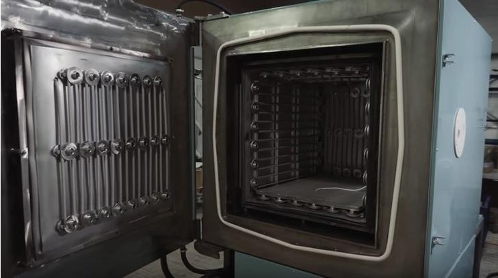 Вакумные печи ТУЛА-ТЕРМ с закрытыми нагревателями.