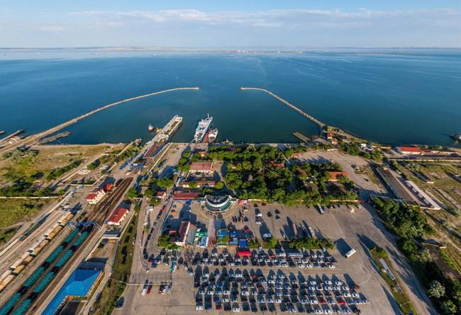Порт «Крым» с полуострова