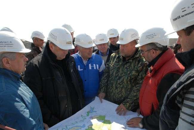 15 мая на строительных площадках ОАО «Рудник имени Матросова» побывали рабочие группы Министерства РФ по развитию Дальнего Востока и администрации Магаданской области