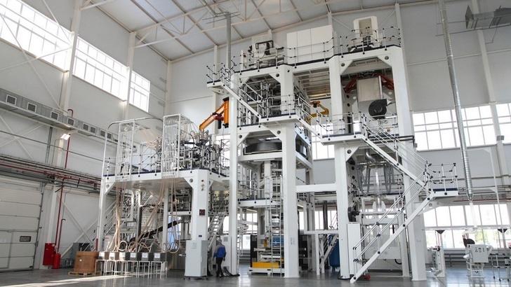 производство многослойной высокобарьерной пленки для упаковки скоропортящихся продуктов запущено в 2016 году в Аксайском районе Ростовской области