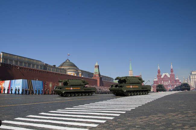 Тор М2У на Красной площади