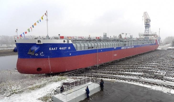 Россия активно наращивает свое военное присутствие в Арктике, - Столтенберг - Цензор.НЕТ 9722